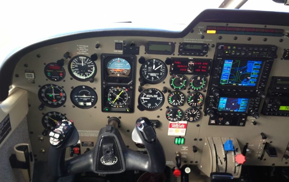 r44 helicopter for sale with Piper Saratoga Ii Pa 32 Tc 2001 on Hughes 300 Schweizer C300 1996 in addition Robinson R66 Helicopters furthermore Bell 206 Jetranger Biii 1976 together with Bell Helicopter 47 as well Robinson R66.